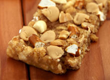 Make Your Own Peanut Butter Pretzel Bars