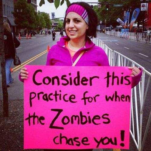 Funniest Running Signs #i: Consider this for when the zombies chase you.
