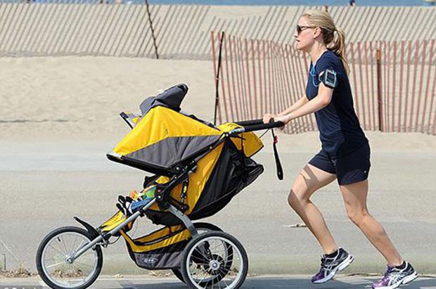 Celebrity Runner Anna Paquin